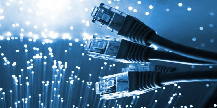 इन्टरनेटको मूल्य तीन सय रुपैयाँसम्म बढ्यो